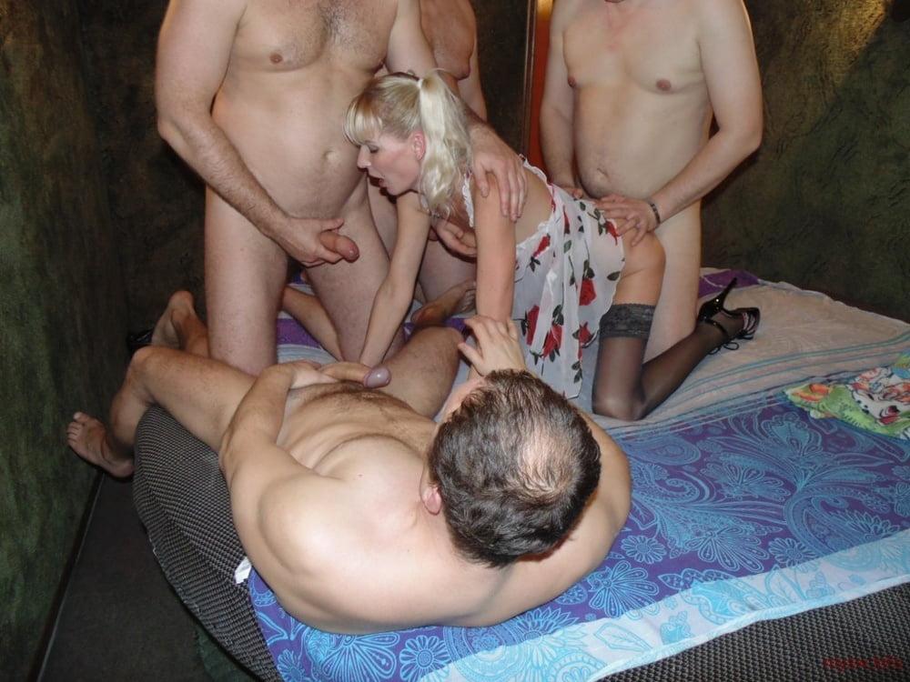 Проститутки замужние проститутки хохлы