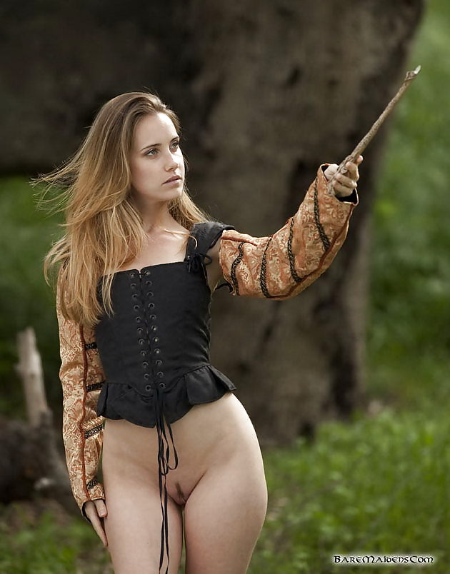 hot-sexy-naked-witch-girls-nude-nipples-of-anne-hatheway-n-movies