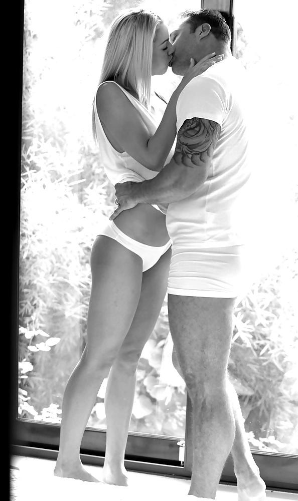 Erotic Sensual Kisses In Black White Session Family Sinners 1