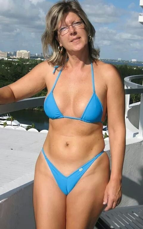 Pictures of mature women in bikinis sex videos pornstar