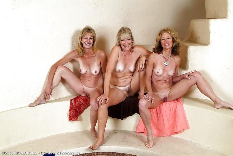 trio mature sexemodel cannes