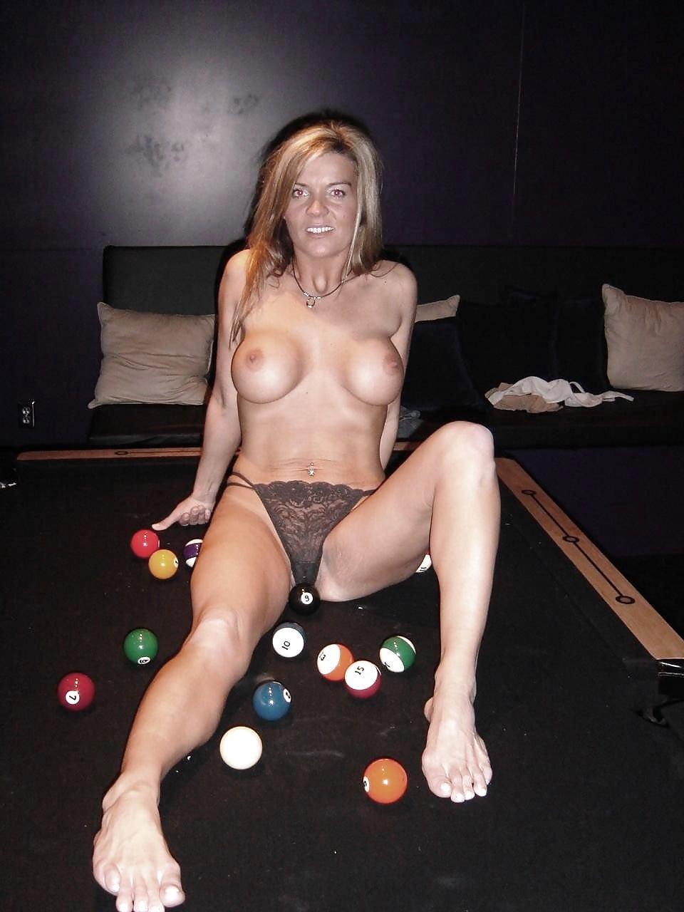 Sexy stripper mom — pic 1