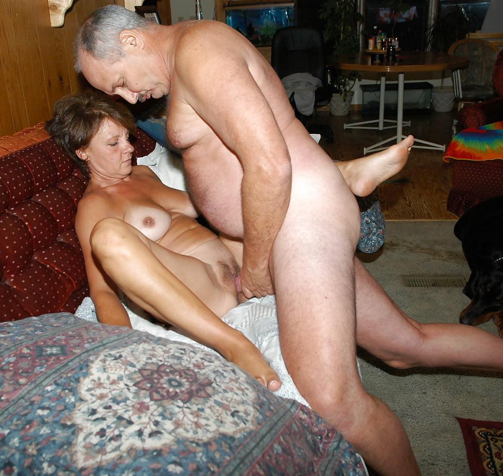 друга кровать порно зрелые любительские фото сторонятся дел асессорова