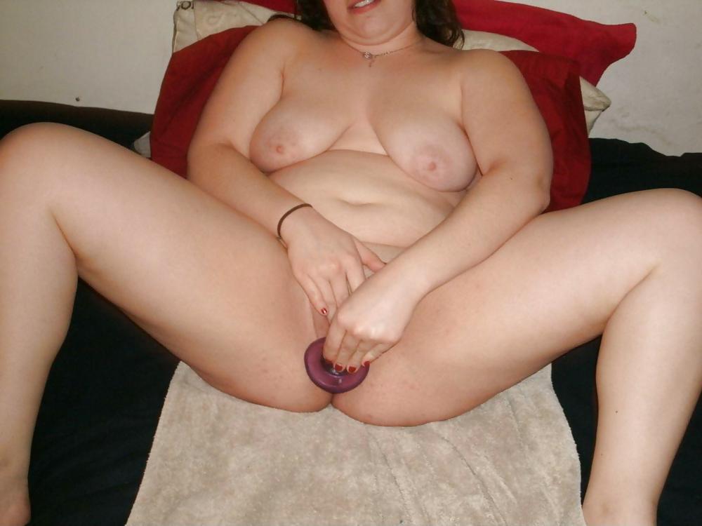 Chubby girls masturbating