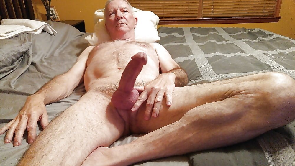 Real pic of nude older guy