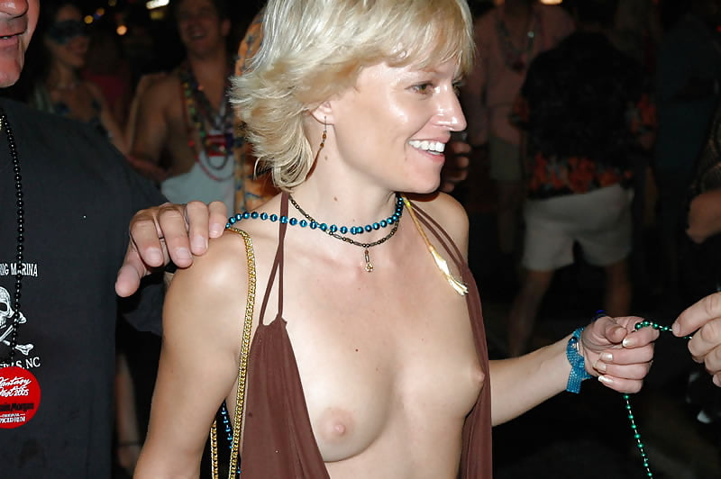 Best huge tits sites-2857