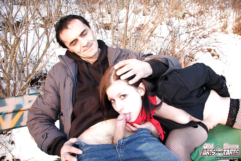 фото секс зимой на улице - 11