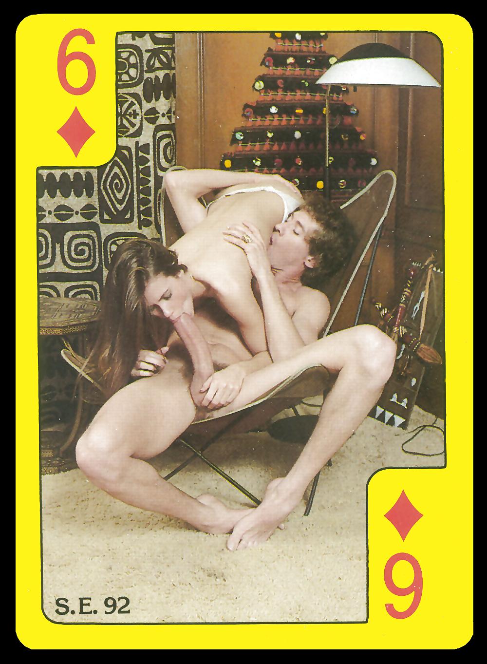 pornuha-na-karte-dve-lesbiyanki-vdvoem-lizhut-pizdu