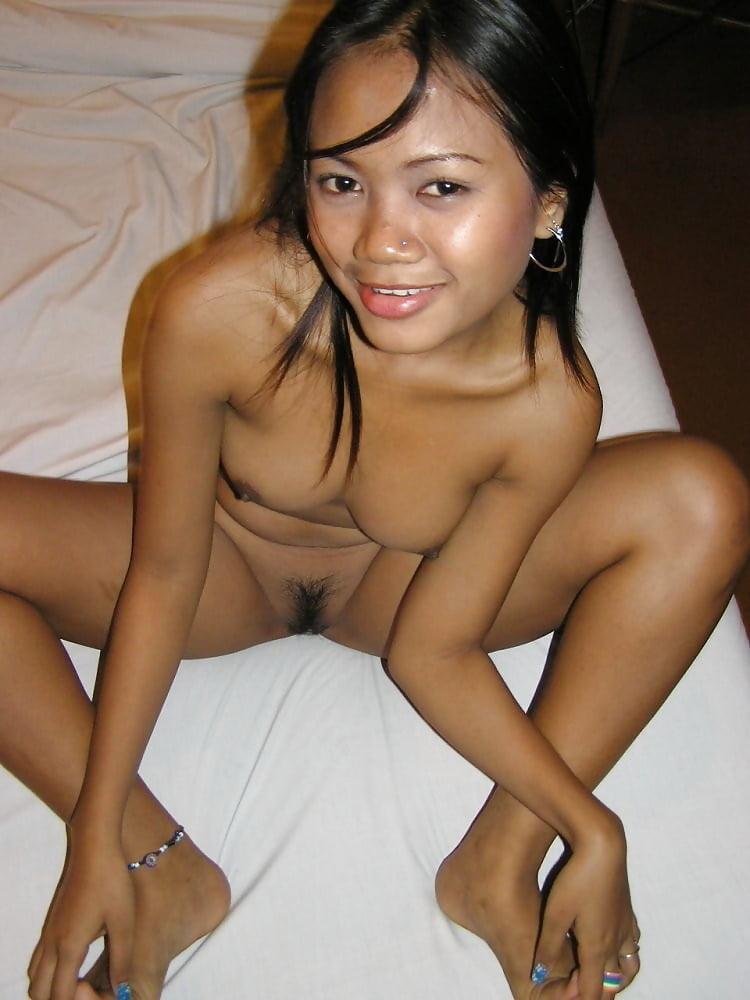 Hot Ass Naked Thai Girl