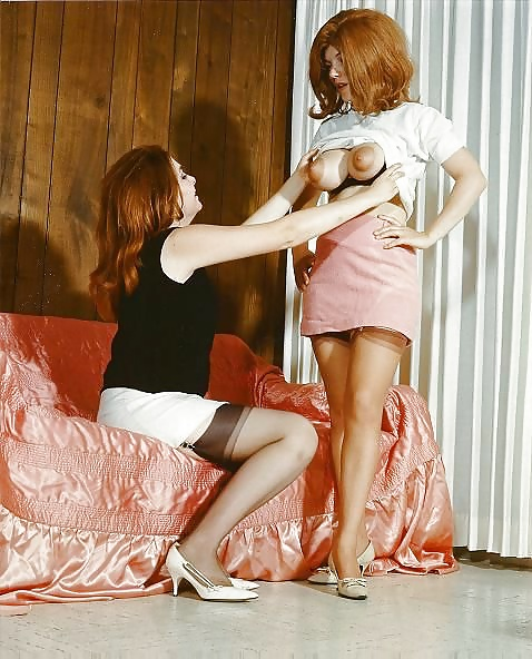 Girl on girl sucking big tits-2369