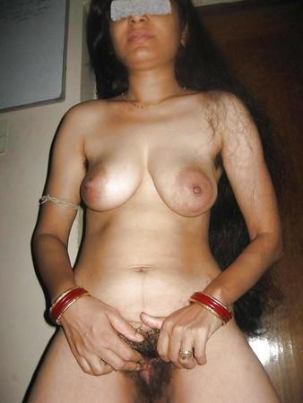 gorgeous indian milf nimmi