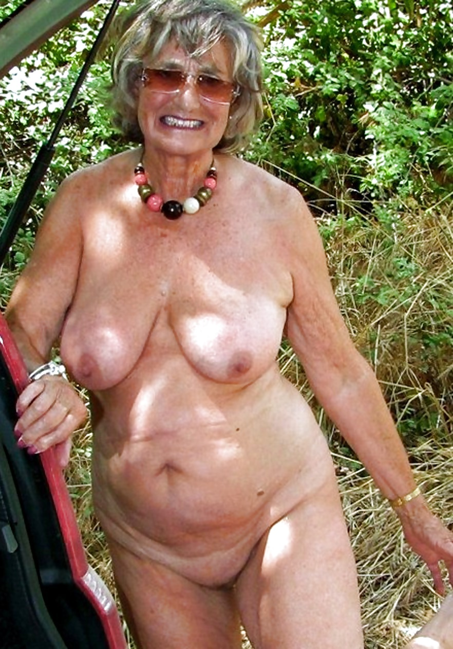 Hottest grandma ever naked — img 13