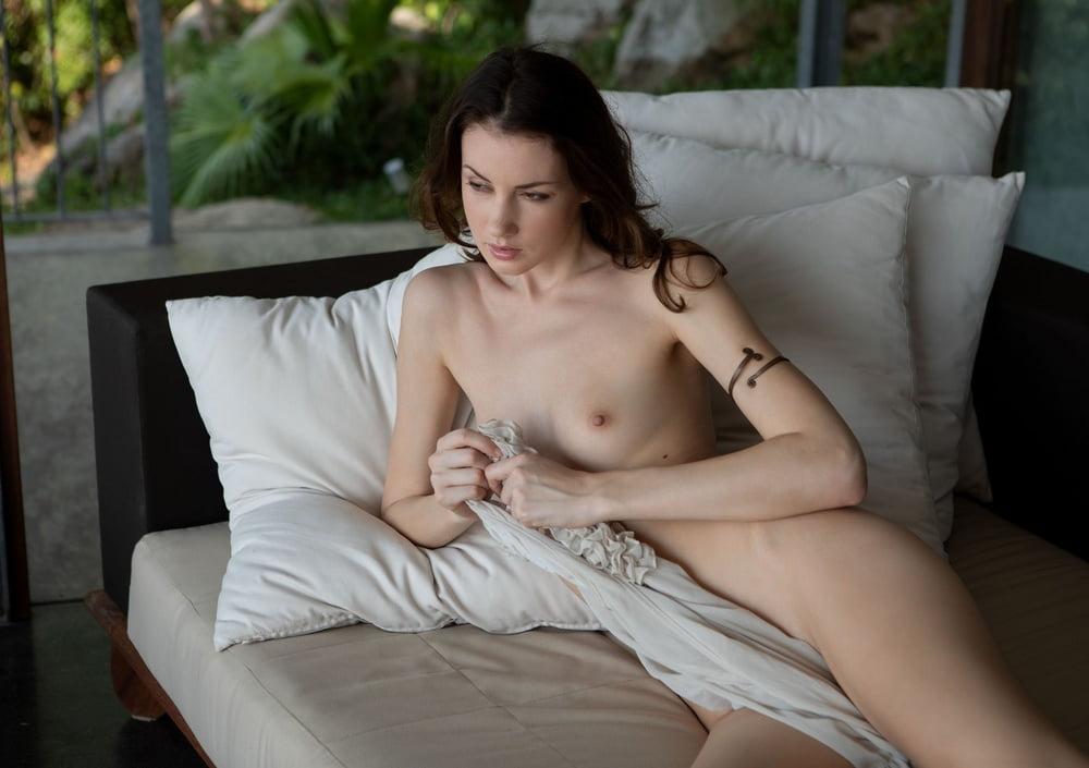 Mikaela McKenna 3 - 28 Pics