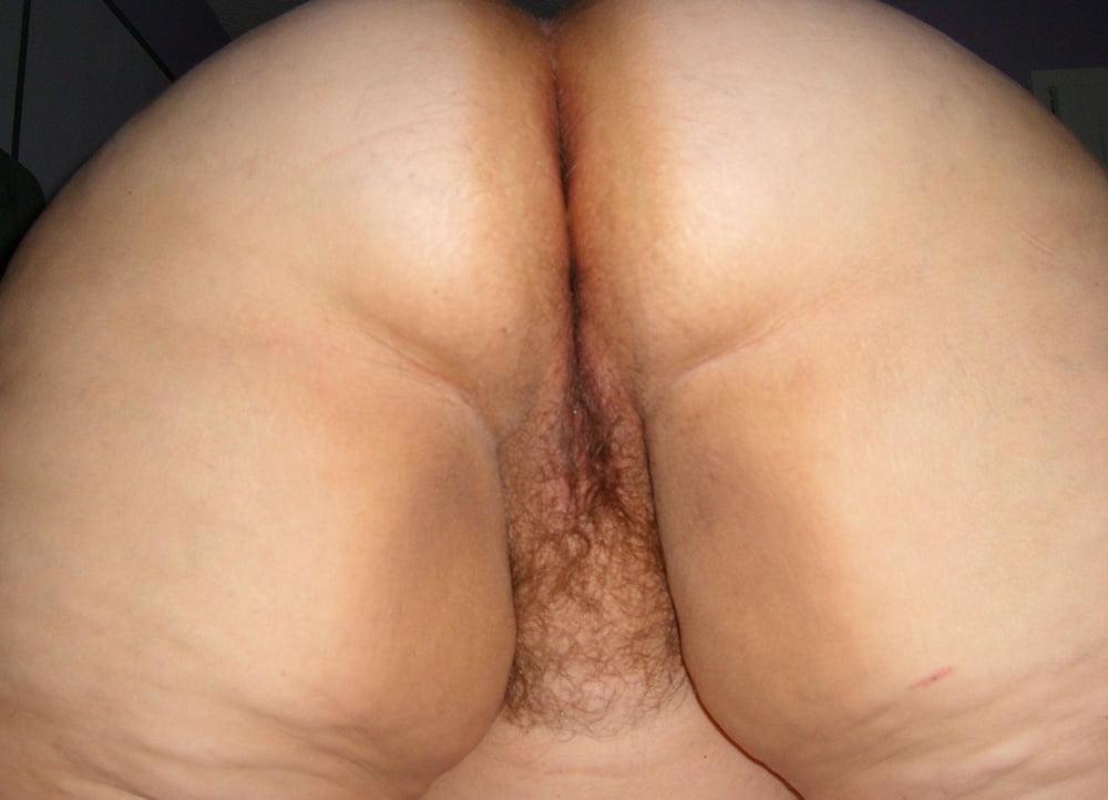 Fat black pussy lips