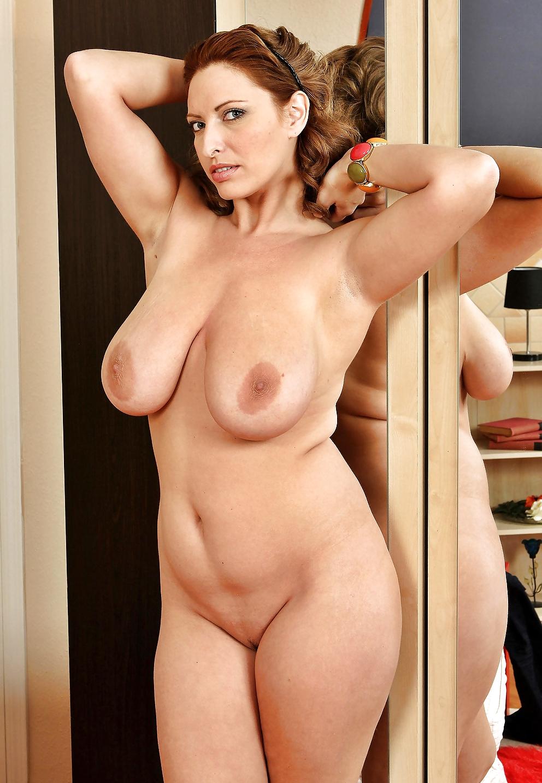 Фото зрелых фигуристых голых дам, голые хуй парни в контакте