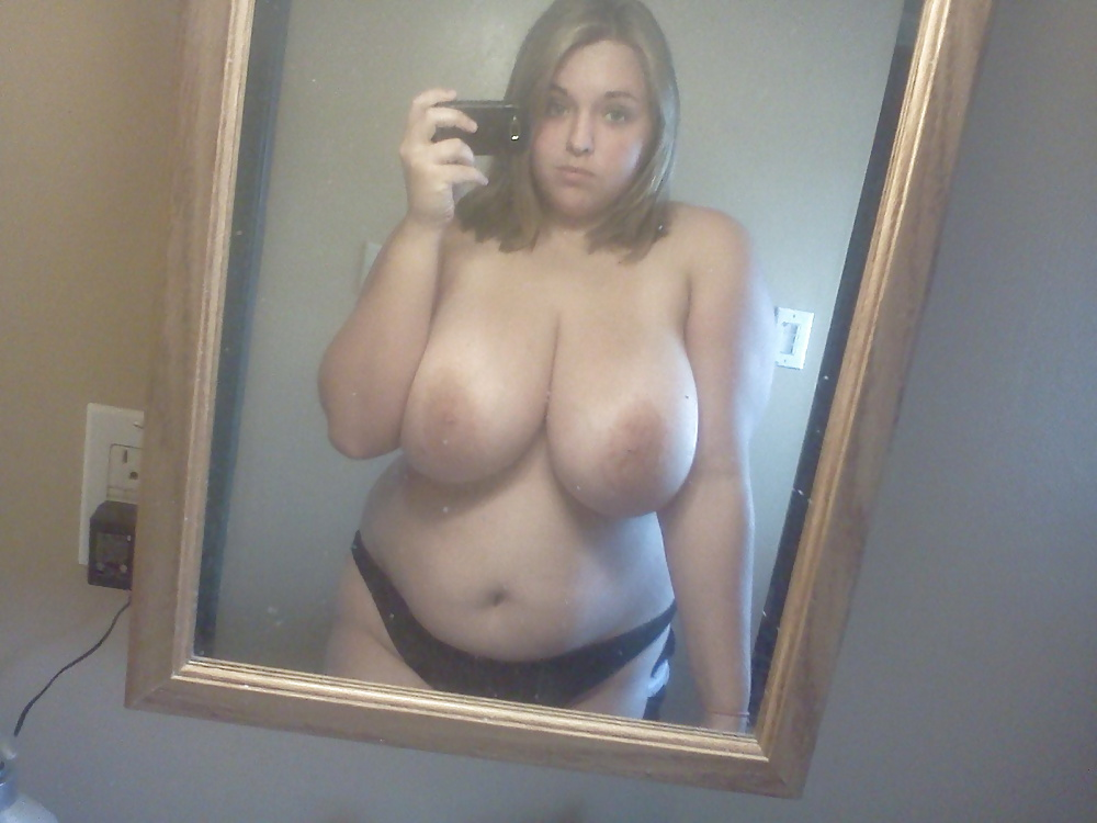 Chubby big tits amateur mirror self shots
