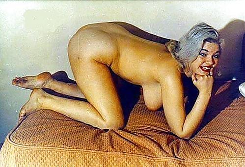 Carlin nackt Laine  Charlie Laine