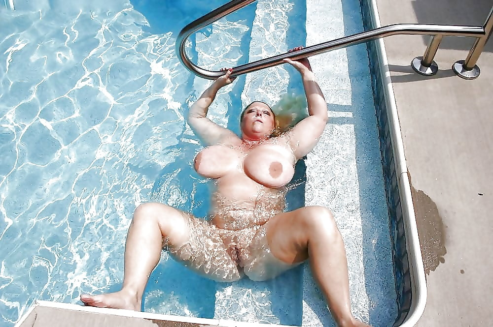 swimming-nude-bbw-girls