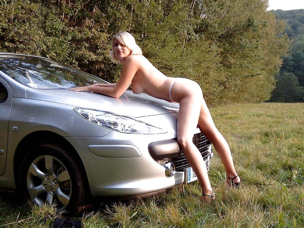 Nude babes and cars-5835
