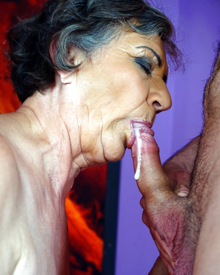 older-sucking-nudes