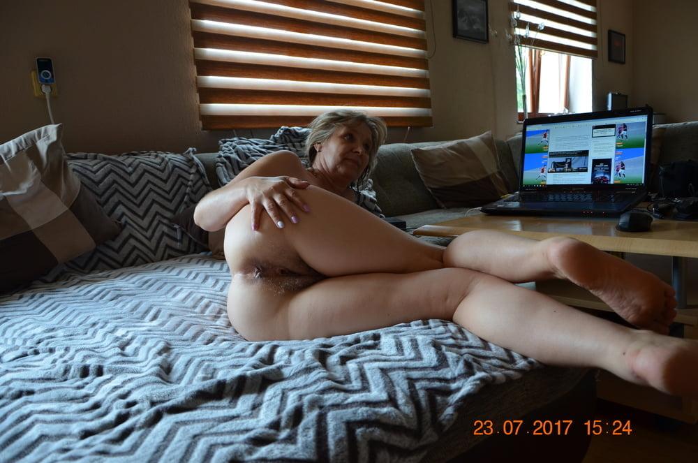 Seachcoucloud wife