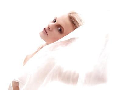 Chloe-Jasmine Whichello  nackt