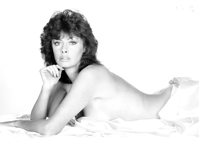 Vicki Michelle Proves She's Still A Sex Symbol As She Poses With Look