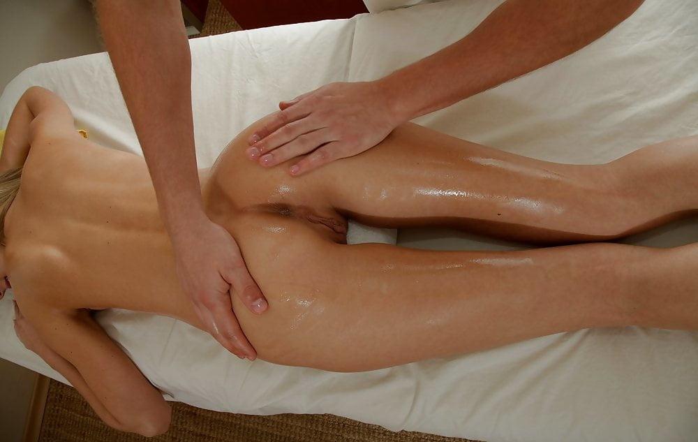 красивая стройная девушка пришла на массаж порно - 7