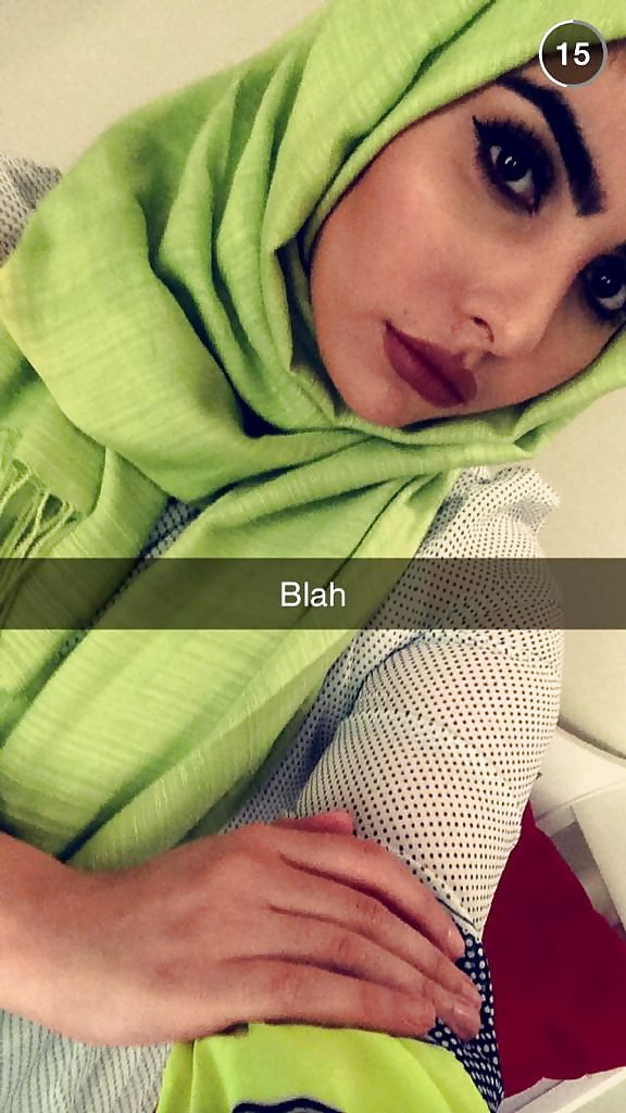 Iraqi Girl From Van City Selfie Slut - 4 Pics - Xhamstercom