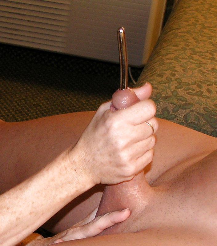Порно засовывает в член игрушки — img 15
