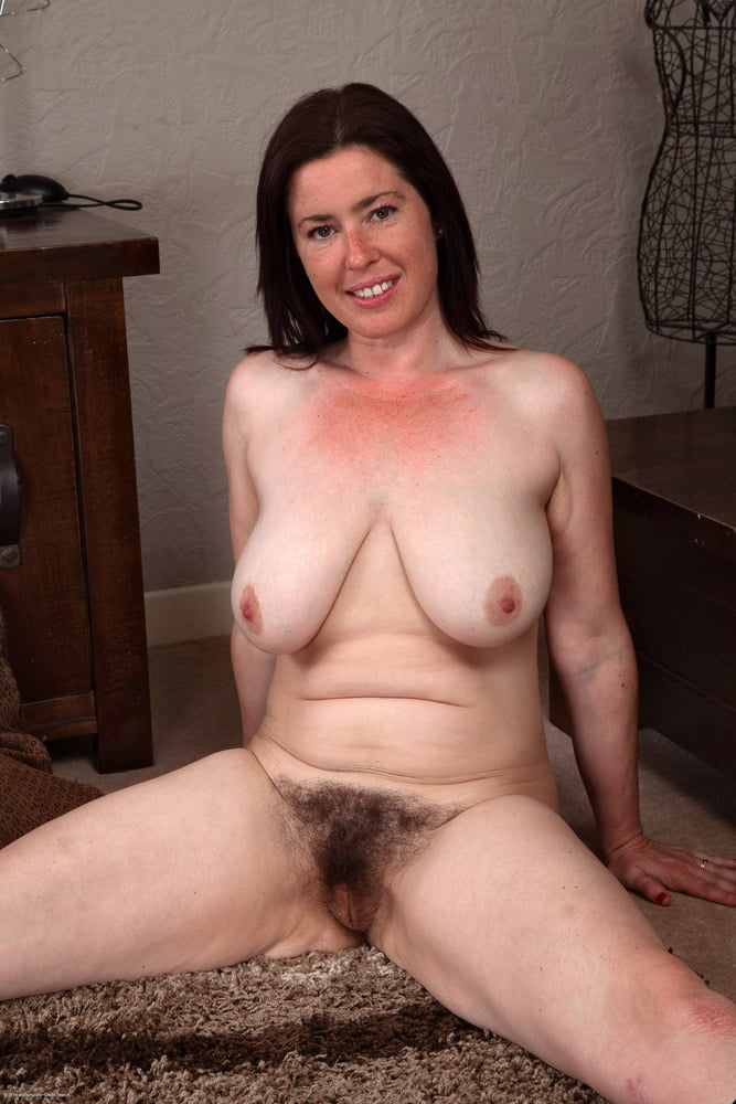 Old Mom With Saggy Flabby Tits Hairy Pubis