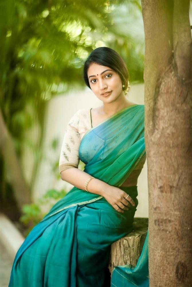 Bommu Lakshmi Portfolio Stills - 24 Pics