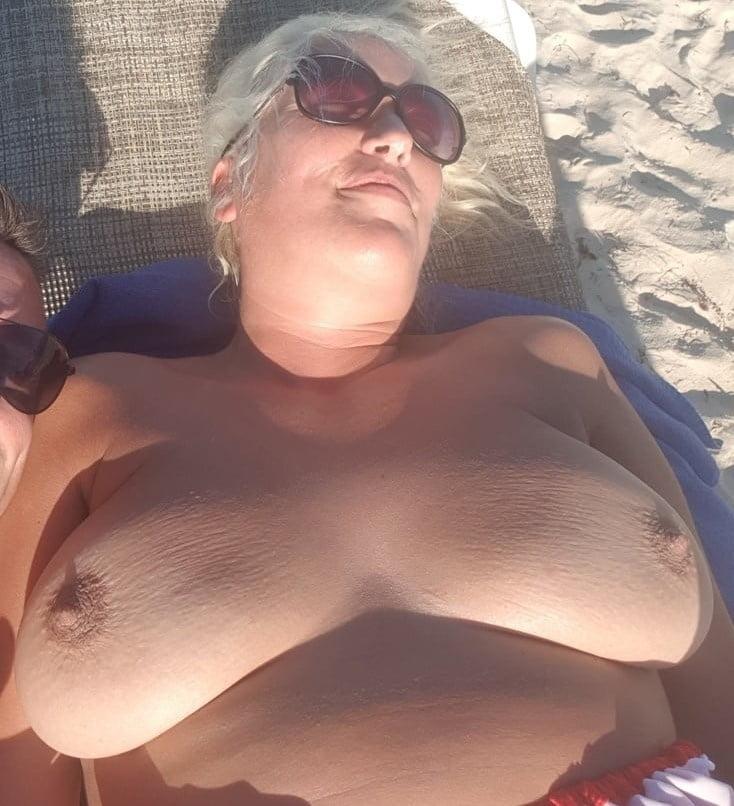 Girls pornucopia topless sensation bottom foot