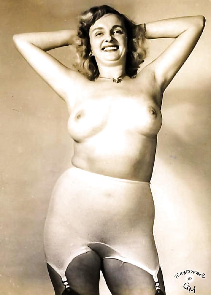 Mature retro sex nylon pics
