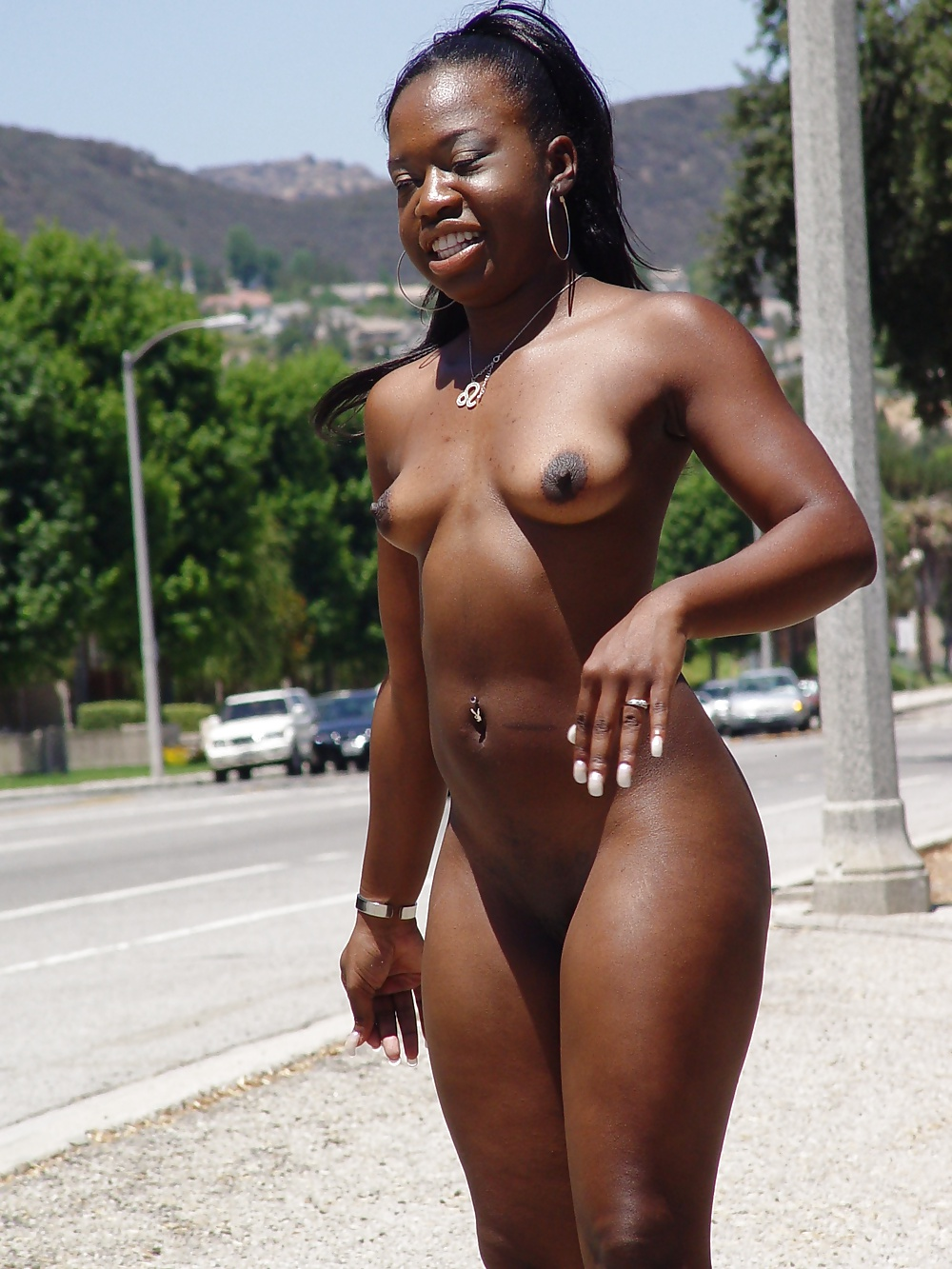 Nude Ebony Outdoor