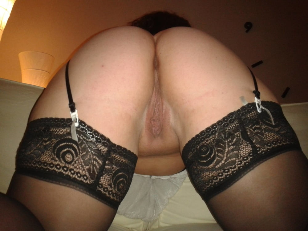 Curly chubby chick feeling horny during-2875