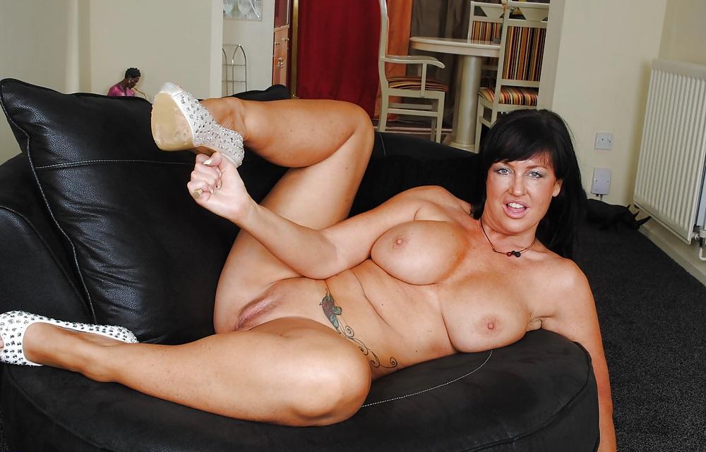 mother-has-busty-mature-milf-pics-tgp-nude