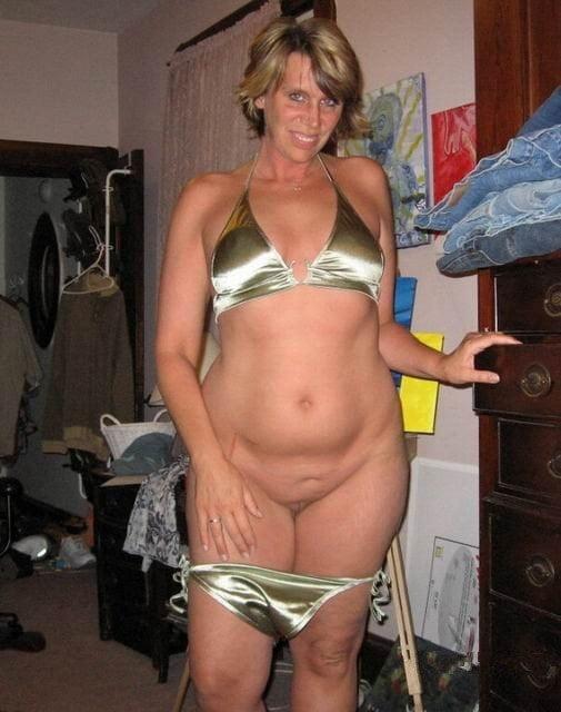 Lesbian bikini models
