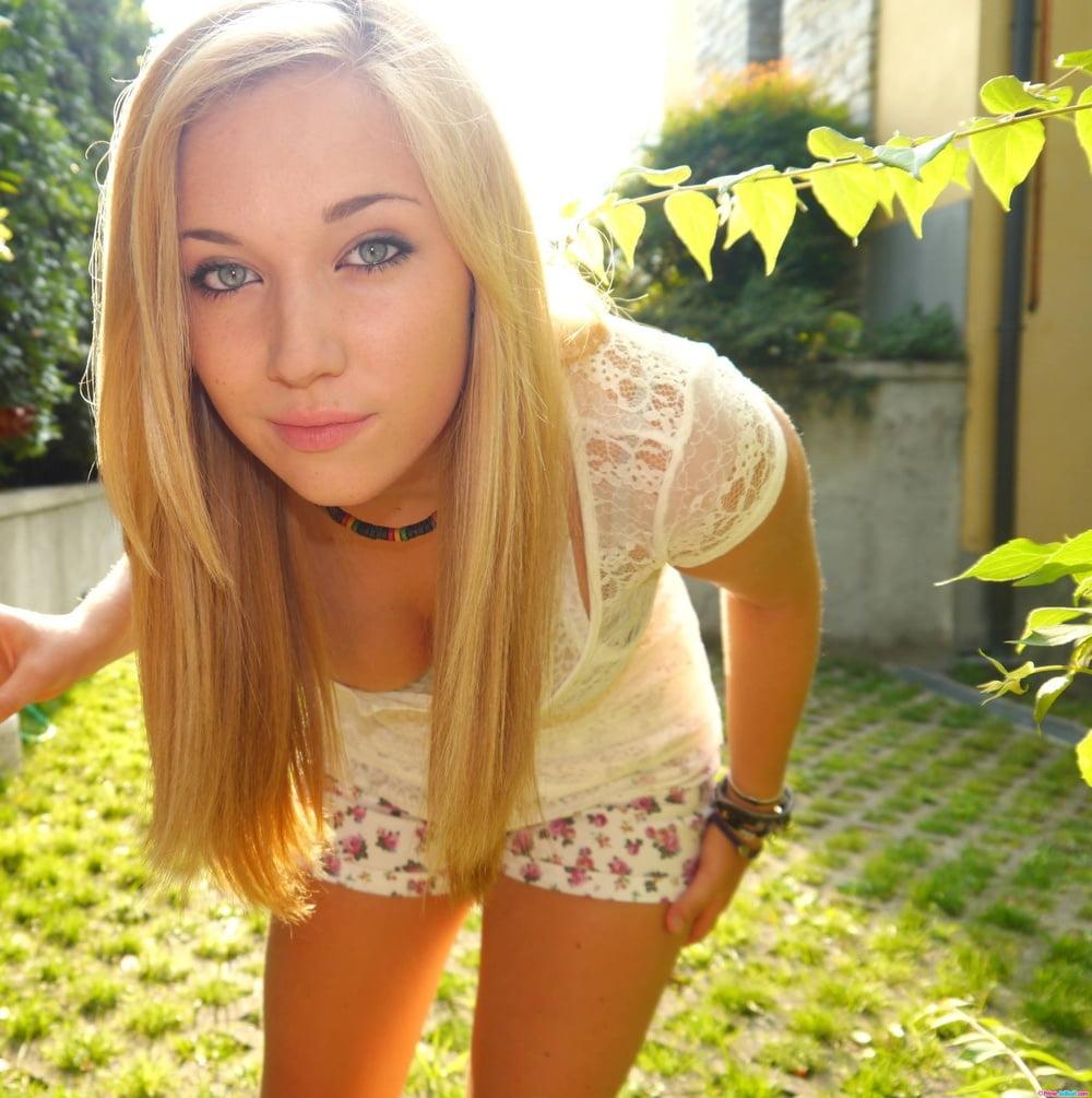 little-amateur-girls