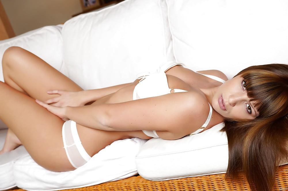 Kaspar nackt bernadette Amanda Tapping