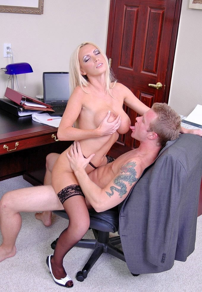big-tits-at-work-rapidshare-marks-nude-forum
