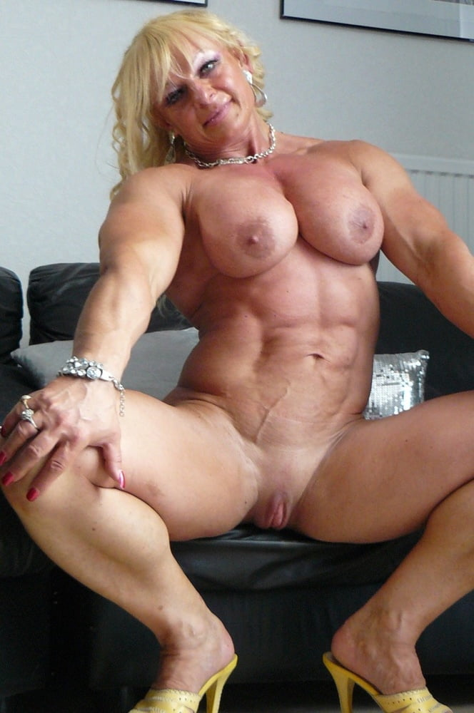 Dolly Milf Sexspielzeuge Blowjob