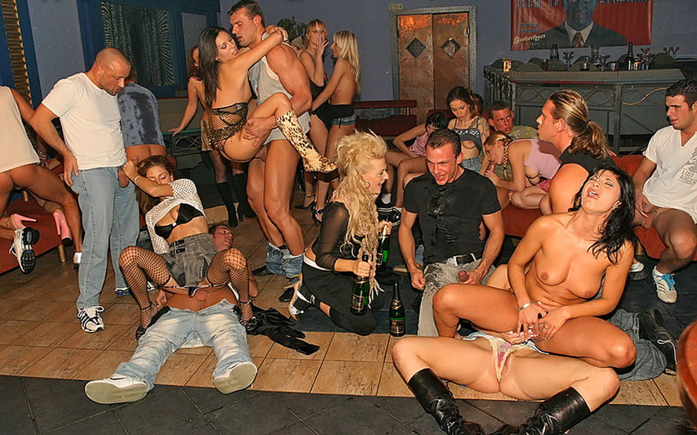 drunk-sex-orgy-trailer