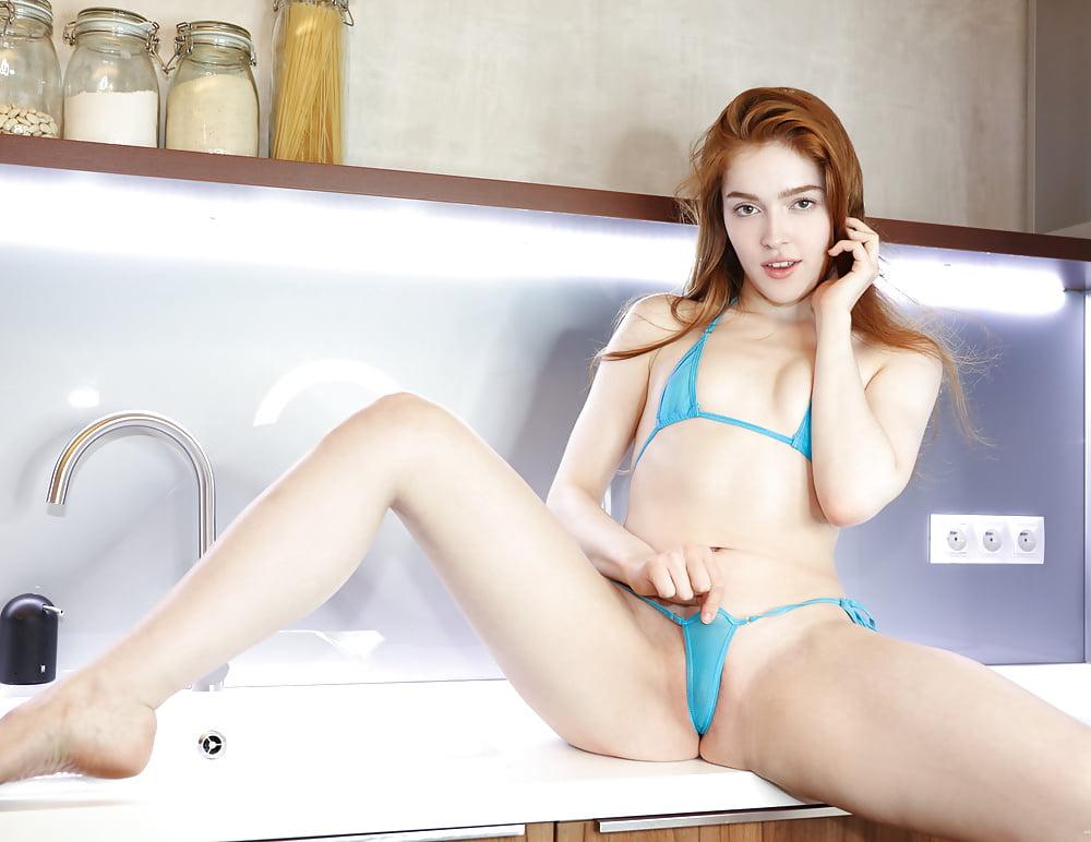 Beauty Faye Reagan Fingering