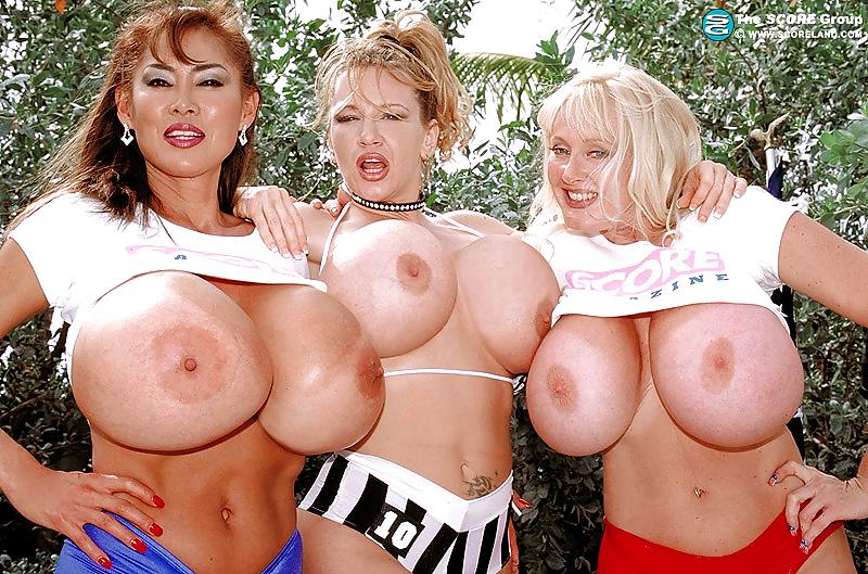 порно фото три бабы большие сиськи бдсм порно