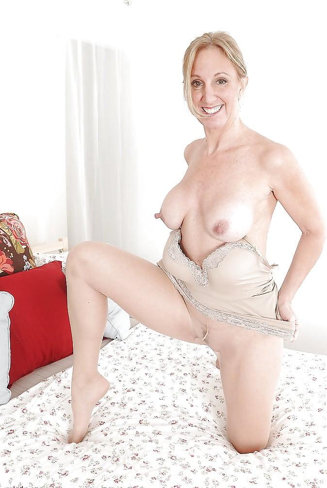 Gap milfs xxx nipples hot