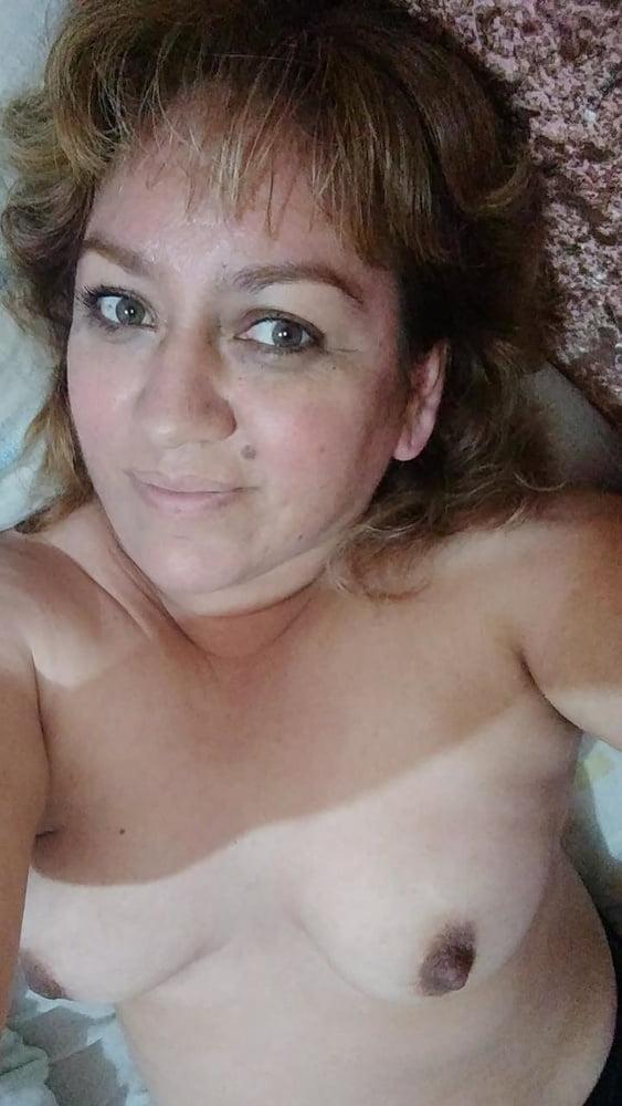 Housewife nina gives hand job and tit fuck