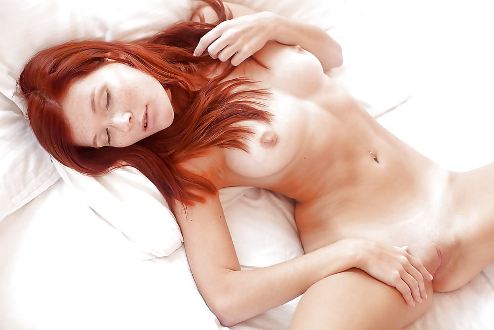 redhead-beautiful-orgasm-female-dancers