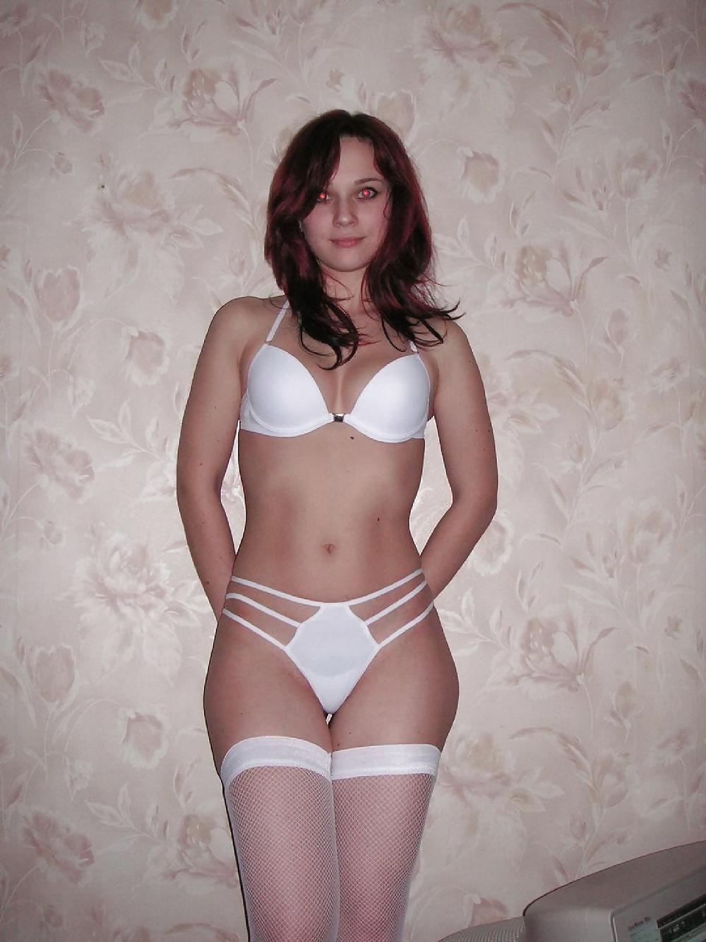 Домашнее фото в эротическом белье
