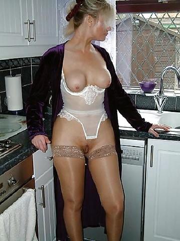 Older woman fun porn-2791